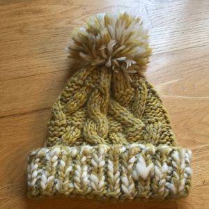 San Diego Hat Co. knit hat with Pom-Pom.